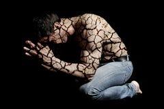 mężczyzna krakingowa skóra zdjęcie royalty free
