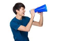 Mężczyzna krzyk z megafonem Obrazy Royalty Free