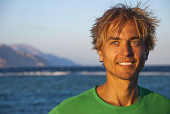 mężczyzna kurortu morze zdjęcia royalty free