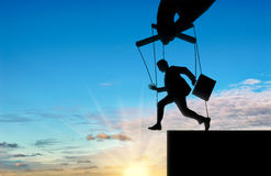 Mężczyzna marionetka biega w bezdenność Fotografia Royalty Free