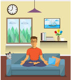 Mężczyzna medytuje w joga Lotosowej pozyci opracowane do domu żywy wewnętrznego styl retro pokoju Obrazy Stock
