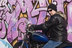 mężczyzna motocykl Obrazy Royalty Free