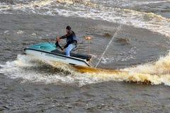 Mężczyzna na hydrocycle Zdjęcia Royalty Free