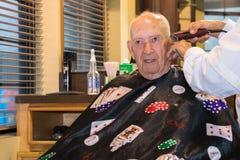 Mężczyzna ostrzyżenia zakład fryzjerski Obraz Royalty Free