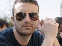 Mężczyzna outdoot okulary przeciwsłoneczni Zdjęcie Stock