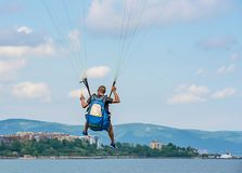 Mężczyzna paragliding Fotografia Stock