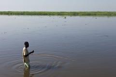 Mężczyzna połów w Nil rzece Zdjęcia Royalty Free