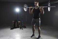 Mężczyzna podczas treningu zdjęcie royalty free