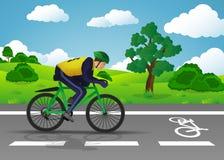 Mężczyzna podróżuje na drodze blisko drzewa i domu na pedalboats Obraz Royalty Free