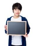 Mężczyzna przedstawienie z chalkboard Obrazy Stock