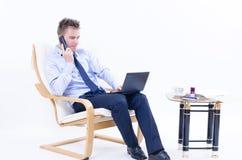Mężczyzna przy biurem Fotografia Royalty Free