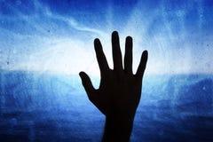 Mężczyzna ręka na abstrakcjonistycznym sieci komputerowej tle Obrazy Stock