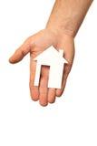 Mężczyzna ręki mienia papieru dom Zdjęcia Royalty Free