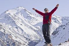 mężczyzna radosne góry Fotografia Royalty Free