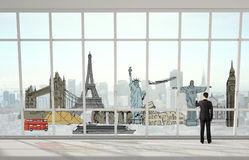 Mężczyzna rysuje podróżnego pojęcie Zdjęcia Royalty Free