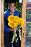 mężczyzna słoneczniki zdjęcie stock