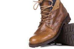 Mężczyzna ` s klasyczni brown rzemienni buty odizolowywający na białym tle Obrazy Royalty Free
