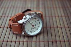 Mężczyzna ` s klasyka Wristwatch obrazy stock