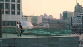 Mężczyzna sporty w mieście zdjęcie wideo