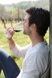 mężczyzna szklany wino Zdjęcia Stock