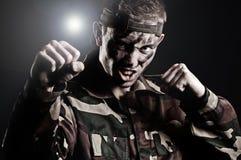 mężczyzna TARGET1599_0_ ekspresyjny wojskowy zdjęcie stock