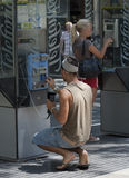 Mężczyzna używać jawnego telefon Obraz Stock