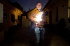 Mężczyzna używa pożarniczą stal Obraz Stock