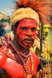 Mężczyzna w czerwieni w Papua - nowa gwinea Obrazy Stock