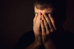 Mężczyzna w depresji zdjęcie stock