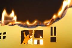 Mężczyzna W palenie domu zdjęcie royalty free