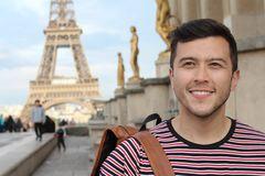 Mężczyzna w wieży eiflej, Paryż fotografia stock