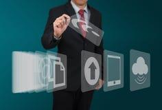 Mężczyzna wybrana komputerowa ikona na dotyka ekranie Obraz Stock