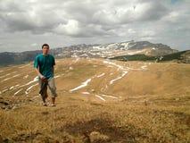 Mężczyzna Wycieczkuje w plateau Obraz Royalty Free