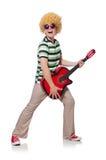 Mężczyzna z afro peruką z gitarą Obraz Stock