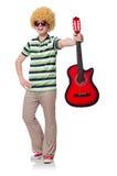 Mężczyzna z afro peruką z gitarą Obrazy Stock