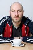 Mężczyzna z filiżanką Zdjęcia Stock