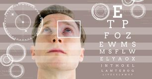 mężczyzna z oko ostrości pudełka szczegółem, liniami i oko próbnym interfejsem Obraz Royalty Free