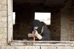 Mężczyzna z pistoletem Obraz Stock