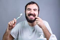 Mężczyzna z toothbrush Zdjęcie Stock
