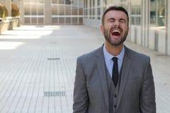 Mężczyzna z zaraźliwym śmiechem obrazy royalty free