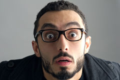Mężczyzna z zdziwionym wyrazem twarzy Obraz Royalty Free