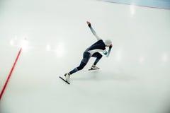 Męscy prędkości łyżwiarki początki Fotografia Royalty Free