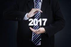 Męscy przedsiębiorców chwyty liczba 2017 Zdjęcie Stock