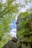 Męska arywisty pięcia skała Zdjęcia Stock