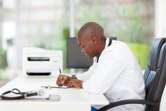 Afrykański lekarz medycyny Zdjęcia Stock