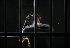 Męski afrykanin W więzienia Zaakcentowanym czekaniu Obrazy Royalty Free