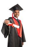 Męski amerykanina afrykańskiego pochodzenia absolwent w todze i nakrętce Obrazy Royalty Free