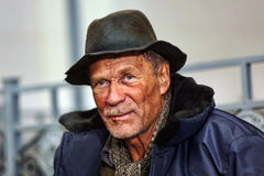 Męski bezdomny żebrak fotografia stock