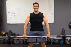 Męski bodybuilder ćwiczyć Zdjęcia Stock