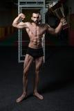 Męski sprawność fizyczna konkurent Pokazuje Jego Wygranego medal Zdjęcia Stock